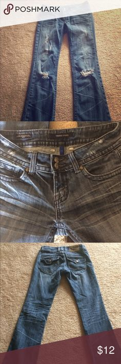 Distressed/Ripped Jeans Vigoss Studio distressed/ripped jeans. Boot cut The Brooklyn style jeans. Very relaxed/comfy material! Vigoss Jeans Boot Cut
