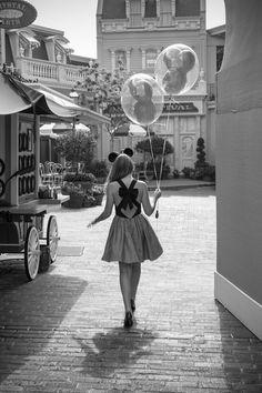 Girls loves Disney World