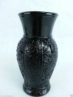 "Vintage Black amethyst glass round floral embossed pattern vase 5 "" tall Vintage Black, Vintage Art, 2017 Fall Fashion Trends, White Art, Black And White, Black Amethyst, Antique Glassware, Black Glass, Milk Glass"