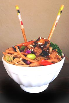 Vegan Ponzu Glazed Chicken with Spicy Soba Noodles and Vegetables