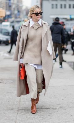 The Best NYFW Fall 2017 Street Style - Fall & Winter Fashion Outfit Ideas | New York Fashion Week F/W 17 | Nude monochrome