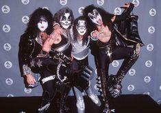 An Inside Look At The Bewildering Life Of Legendary Rocker Eddie Van Halen Kiss Images, Kiss Pictures, Peter Criss, Paul Stanley, Gene Simmons, Hard Rock, Mtv, Kiss Rock, Heavy Metal
