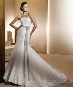 <3 <3 $197 So very pretty! This would be nice if it bustled for dinner purposes. I will have to see how tight the venue is. Is the back buttoned? Velvet Trumpet / Mermaid Strapless Chapel Appliques Wedding Dress at Storedress.com