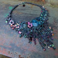"http://gianelle.beadforum.cz - ""Sorry, I'm a Lady"" freeform necklace. TOHO, Preciosa, apatite, rose petals."