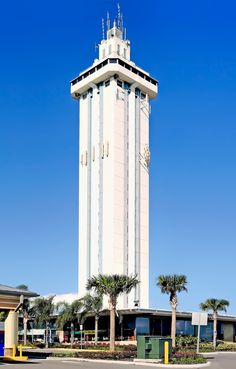 Florida Citrus Tower, 141 US Hwy 27, Clermont, Florida, U.S.A. / Developer: A.W. Thacker and F.J. Toole / Completed: 1956 | The Florida Citrus Tower is a 226-foot-tall (69 m) structure built in 1956 in the city of Clermont, Florida. This structure was once the most famous landmark of the Orlando area.  It was built to allow visitors to observe the miles of orange groves surrounding it. Developments in the citrus industry since its construction have left it providin...