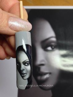 Realistic face color gel. Voss Bottle, Water Bottle, Nail Art, Drinks, Nails, Face, Color, Faces, Drinking