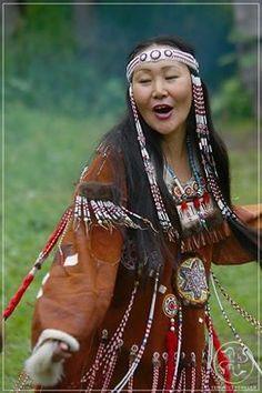 Türk Kadını Türkler ibrahimi dinleri benimseyene kadar özgürdü.