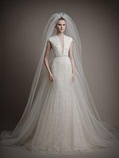 Συγκλονιστικό νυφικό υψηλής ραπτικής από Wedding dresses Couture 2015 Collection - Ersa Atelier www.lovetale.gr