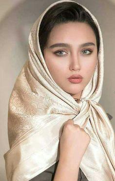 Photography: Modern Muslim woman in Hijab with beautiful eyes and eyelashes Iranian Beauty, Muslim Beauty, Beautiful Muslim Women, Beautiful Hijab, Beautiful Girl Photo, Beautiful Girl Indian, Beauty Full Girl, Beauty Women, Persian Beauties