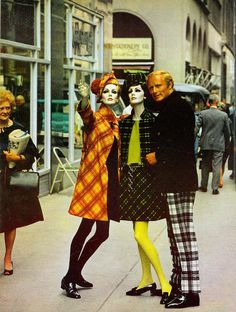 Man with mannequins - 1967