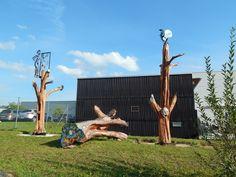 Woodcarving, Holzkünstler Falko Jahn, Metallaplikationen Mirko Siakkou-Flodin