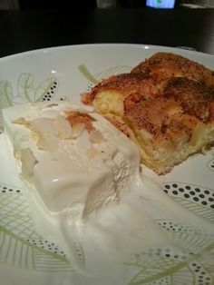 Gluteeniton Herkkutaivas: Mitähän sille ny tarjoos… Vinkkejä siihen, mitä tarjota. Camembert Cheese, Dairy, Food, Essen, Yemek, Meals