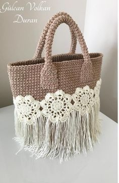 Marvelous Crochet A Shell Stitch Purse Bag Ideas. Wonderful Crochet A Shell Stitch Purse Bag Ideas. Free Crochet Bag, Crochet Shell Stitch, Diy Crochet, Crochet Bags, Crochet Handbags, Crochet Purses, Macrame Bag, Handbag Patterns, Fabric Yarn