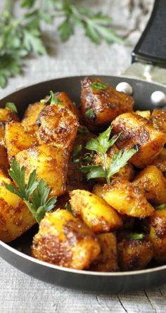 Healthy Recipes This is a healthy recipe for Bombay Potatoes, a typical Indian dish. Quick and simple, and oh sooo yummy! - This is a healthy recipe for Bombay Potatoes, a typical Indian dish. Quick and simple, and oh sooo yummy! Side Dish Recipes, Veggie Recipes, Indian Food Recipes, Cooking Recipes, Healthy Recipes, Indian Potato Recipes, Indian Vegetarian Recipes, Indian Vegetable Recipes, Vegan Indian Food