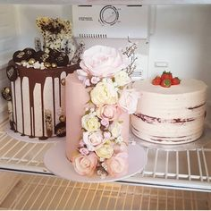 #fridgesituation 💖💖💖#cake_me_pretty #cake #cakes #foodie #foodblogger