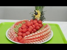 HOW TO CUT WATERMELON LIKE A PRO - YouTube