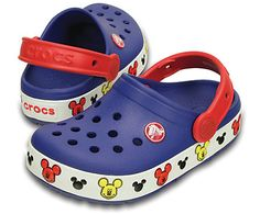 Make every step more fun with Mickey™ — the silhouette heads on the bottom band light up with every heel strike as kids walk, run and march through their day. Croslite™ foam construction gives kids plenty of cushion and comfort, and the heel strap gives them a more secure fit, too. Free shipping on qualifying orders.