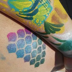 Probando mis pinturas nuevas 😍🎨 // Trying out my new paints 🎨❤ @superstar_spain #rainbowgirlbcn #doodles #facepainting #mermaid #maquillajefantasia #🎨 #barcelona