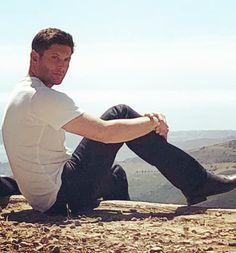 Jensen Ackles, Having A Crush, Dean Winchester, Hunters, Green Eyes, Supernatural, Random Stuff, Fandom, Glamour