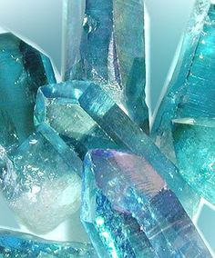 ❥ Aqua Aura Quartz - This color-enhanced crystal is effective in stimulating the throat chakra, enhancing your ability to communicate inner truth, and to express inner emotions in a positive way. Aqua Aura safeguards from psychological attacks. Minerals And Gemstones, Rocks And Minerals, Buy Gemstones, Aqua Aura Quartz, Quartz Crystal, Aquamarine Crystal, Clear Quartz, Crystal Cluster, Crystal Healing
