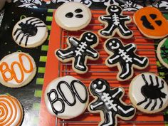 Classic Halloween Cookies! Not too 'artsy-fartsy' either, which means it's something I can definitely do! Lol