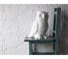 Hoot hoot! Want this owl in my house. Love the tiles here too.