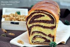 this stuff is the best Romanian Desserts, Romanian Food, Bosnian Recipes, Food Obsession, Pastry And Bakery, Bread Cake, Sweets Recipes, Sweet Bread, Hot Dog Buns