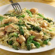 Γιουβέτσι κατσαρόλας με κοτόπουλο και σπαράγγια Risotto, Chicken Recipes, Recipies, Meat, Cooking, Ethnic Recipes, Food, Gastronomia, Ground Chicken Recipes