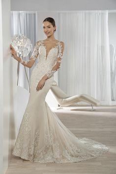 Νυφικά Φορέματα Demetrios Collection - Style 639