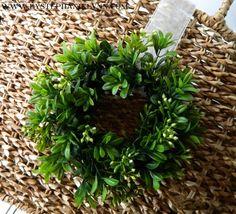 Make Your Own Mini Boxwood Wreaths {ballard Inspired Chair Back Wreaths