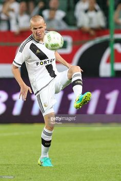 adam-hlousek-in-action-during-champions-league-qualification-football-picture-id578064650 (683×1024)