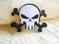 Felt Applique Iron on Applique Black and White Pirate Sign II, kawaii applique shirt bag kid baby toys bag decoration. $0.99, via Etsy.