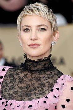 The Best Beauty Looks from the 2018 SAG Awards Red Carpet - Kate Hudson from InStyle.com