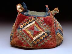 Inca: Conquests of the Andes / Los Incas y las conquistas de los Andes Hat Patterns To Sew, Textiles, Tapestry Weaving, Rug Hooking, Textile Art, Purses And Bags, Museum, Embroidery, Hats