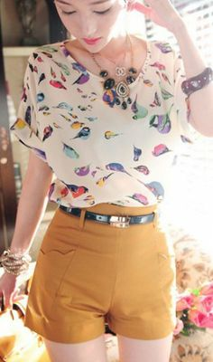 For Kala. lady fashion Batwing short sleeve bird print Loose Blouse