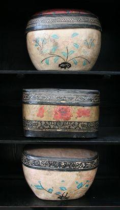 Boite antiques en papier maché - @ The Silk Road Collection - Schilde - Belgium