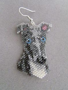 Ohrringe Perlen Greyhound von DsBeadedCrochetedEtc auf Etsy