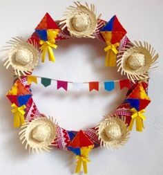 :D❤️ --- 'Teeny-Tiny Sombrero Statement '. Summer Wreath, 4th Of July Wreath, Diy And Crafts, Crafts For Kids, Diy Y Manualidades, Party Decoration, Holidays And Events, Party Time, Birthdays