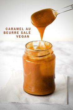 Caramel Vegan, Creme Caramel, Beurre Vegan, Food Web Design, Vegan Recipes, Cooking Recipes, New Menu, Vegan Kitchen, Hot Sauce Bottles