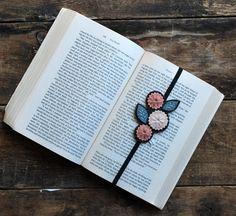 BUY EARLY SALE Hand Embroidered Felt Bookmark Set от LoveMaude