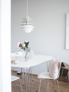 Fritz hansen ellipse table & 3107 Kitchen Dining, Dining Room, Dining Table, Modern Loft, Fritz Hansen, Industrial Loft, Scandinavian Modern, My Dream Home, Tarot