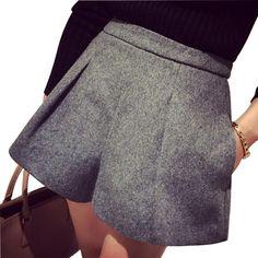 2017 New Fashion Cotton Women Shorts Zipper Fly Female Workout Loose Woollen Shorts Women Casual Hide Pocket High Waist Shorts Stylish Office Wear, Work Wear Office, Office Uniform, Casual Blazer, Casual Outfits, Casual Wear, Plain Tank Tops, Office Outfits Women, Women's Flares