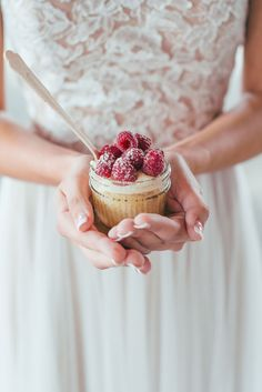 Styled Pretty: Winter Wedding Inspiration - www.theperfectpalette.com - Hilary Grace Photography - florals by Bonney Blooms, Desserts + Cake by Jar Cakery