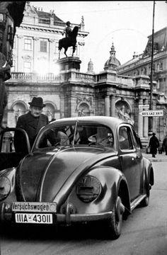Ferdinand Porsche, um GÉNIO que criou o Volkswagen e o Porsche, além do Renault 4 cv Volkswagen Safari, Volkswagen 181, Ferdinand Porsche, Chevrolet Corvette, Van Vw, Kdf Wagen, Vw Vintage, Vw Cars, Vw Beetles