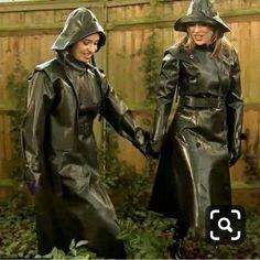 Vinyl Raincoat, Pvc Raincoat, Raincoat Jacket, Plastic Raincoat, Patent Trench Coats, Rubber Catsuit, Female Villains, Rubber Raincoats, Country Wear