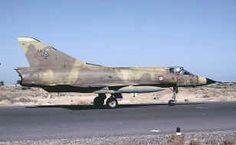"""""""Mirage III C"""" (DJ) n°50_10-LD au roulage à Djibouti (DA-188) en Mars 1984 Le Mirage, Aviation, Soldat, Danse Avec Les Stars, Avion De Combat"""