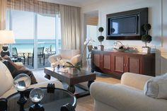Wedding Wednesday: Destination Acqualina Resort & Spa on the Beach