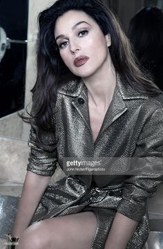 """""""I knew that Monica Bellucci is beautiful, but I still wasn't prepared to what awaited me. Monica Bellucci is not just beautiful. She is a dazzling beauty. Her beauty is not of those classical angelic once that are portrayed by Raphael, I don't get. Monica Bellucci Photo, Monica Belluci, Malena Monica Bellucci, Italian Women, Italian Beauty, Bond Girls, Italian Actress, Hollywood, Models"""