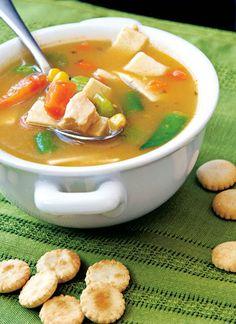 Supă-cremă de morcovi - Retete culinare - Romanesti si din Bucataria internationala Gazpacho, Thai Red Curry, Ethnic Recipes, Food, Essen, Meals, Yemek, Eten