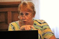 Faculty member Barbara Scott drives home her point.
